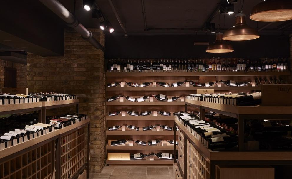 Port selection at Hedonism Wines